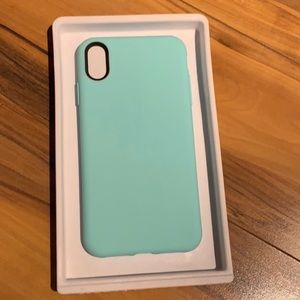 Speck iPhone XS Max Mint and Black Phone Case